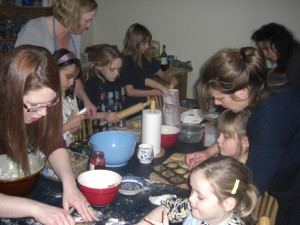 photo of children making mince pies